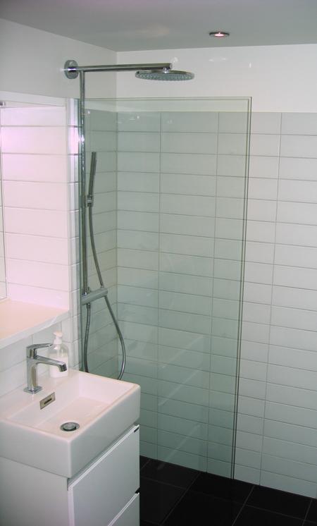 badeværelse glasvæg Bad og glas | Glarmester Lennart Johansen ApS badeværelse glasvæg